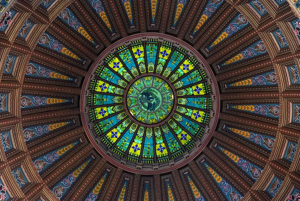 Inside the Illinois State Capitol dome